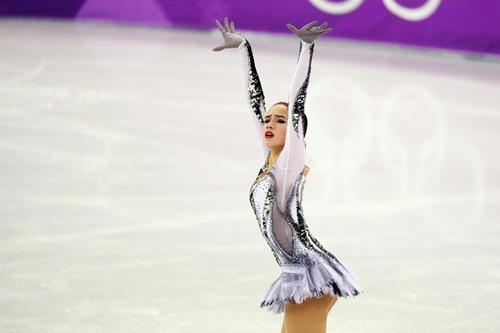 Zagitova có lợi thế lớn để giành HC vàng nội dung cá nhân tại Olympic mùa đông 2018. Ảnh: New York Times.