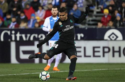 Casemiro đưa Real dẫn lại Leganes.