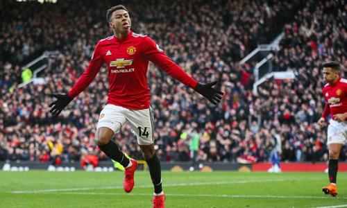 Man Utd đánh bại Chelsea, trở lại nhì bảng Ngoại hạng Anh