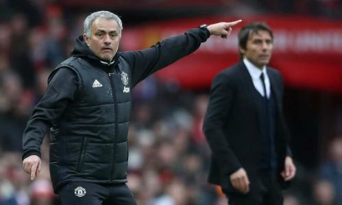 Mourinho và Conte tại sân Old Trafford mùa trước. Ảnh:PA.