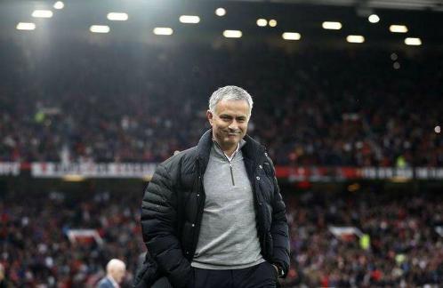 Mourinho hào hứng khi được chơi trên sân nhà đúng vào giai đoạn quan trọng. Ảnh:Reuters.