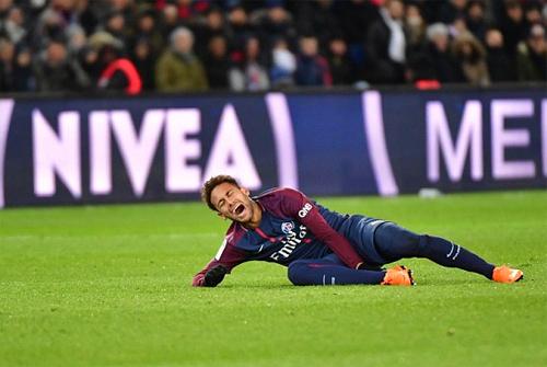 PSG mất Neymar khi cần đòi món nợ từ Real. Ảnh: Reuters