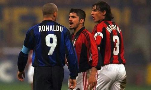 Thời còn thi đấu, Gattuso (giữa), với chất điên và sự máu lửa, không ngán bất kỳ đối thủ nào.