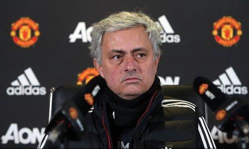 Mourinho cho rằng cuộc đua ở top 4 rất khốc liệt. Ảnh: PA.