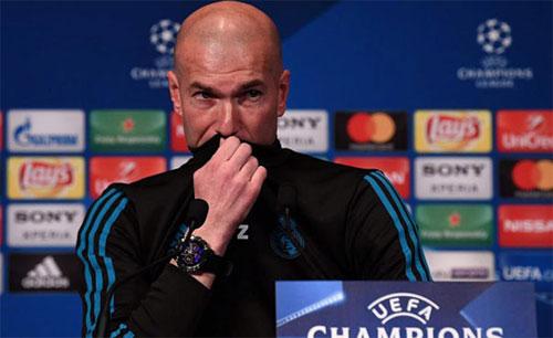 Zidane luôn tính đến khả năng xấu cho Real. Ảnh: Reuters