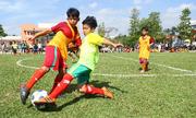 Tài năng bóng đá trẻ được đào tạo miễn phí trong 10 năm