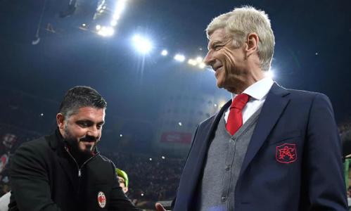 HLV Wenger có chiến thắng lớn trước người đồng nghiệp trẻ tuổi Gattuso. Ảnh:EPA.