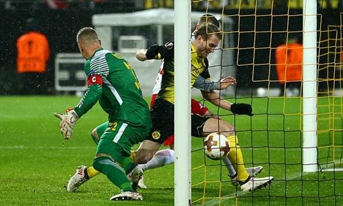 Schurrle ghi bàn duy nhất cho Dortmund. Ảnh: Reuters.