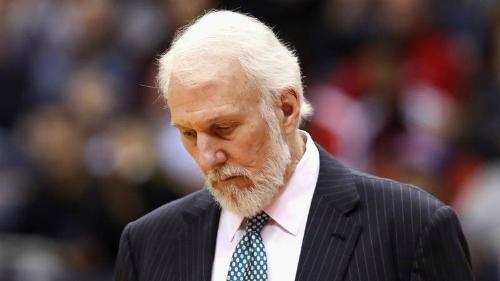 HLV lão làng Gregg Popovich thất vọng với màn trình diễn của Spurs, đội bóng bị nghi là đang có những vấn đề trong phòng thay đồ.