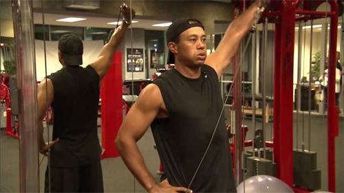 Woods miệt mài tập luyện và nỗ lực đang được đền đáp bằng kết quả tích cực trên sân golf.