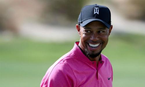 Tiger Woods nở nụ cười thỏa mãn sau những vòng golf thành công tại Valspar Championship.