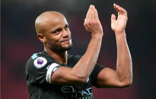 Kompany sau chiến thắng 2-0 trước Stoke City. Ảnh:AFP.