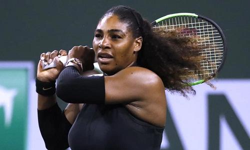 Serena dừng bước ở vòng ba Indian Wells - giải đấu đánh dấu sự trở lại của cô ở WTA Tour. Ảnh: EPA.