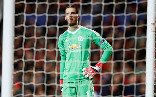 De Gea không thể cứu Man Utd như ở lượt đi. Ảnh:Reuters.