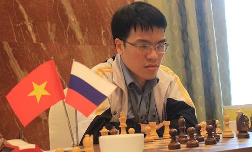 Quang Liêm thắng ván bảy, nuôi hy vọng bảo vộ chức vô địch.