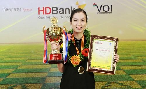 Saduakassova bảo vệ thành công ngôi vô địch nữ. Ảnh: HDBank.