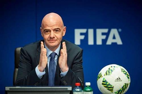 Việc tìm nước chủ nhà của World Cup 2026 là thách thức lớn nhất dành cho Infantino, kể từ ngày làm Chủ tịch FIFA. Ảnh: Reuters.