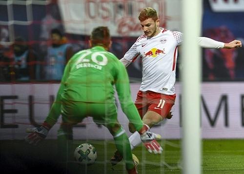 Werner ghi bàn quyết định cho Leipzig. Ảnh: Reuters.