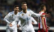 Ronaldo ghi bốn bàn, Real đại thắng ở vòng 29 La Liga