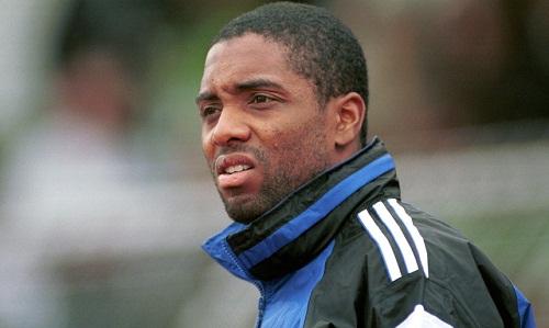 Roy cho rằng Mourinho đang giết bóng đá. Ảnh: AFP.