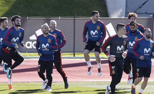 Tuyển Tây Ban Nha không còn là một Barca phẩy như trước. Ảnh: Marca