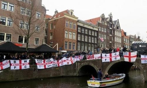 Hơn 100 CĐV người Anh bị bắt trước trận gặp Hà Lan