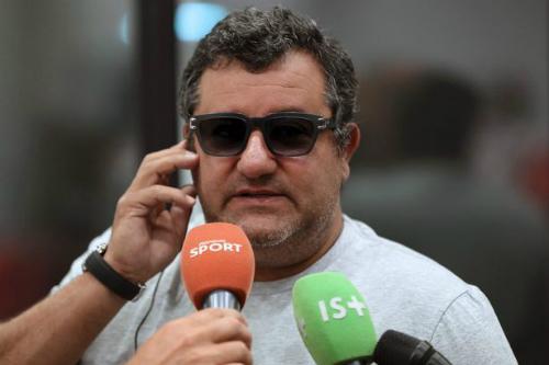 Raiola là một trong những người đại diện cầu thủ quyền lực nhất thế giới. Ảnh:AFP.