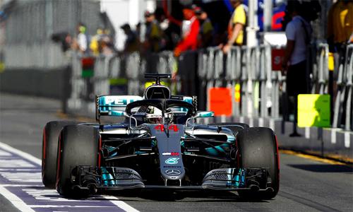 Kinh nghiệm của bản thân và sức mạnh từ động cơ của Mercedesđồng nghĩa với việc Hamilton vẫn là thách thức lớn cho mọi đối thủ nhăm nhe tranh ngôi vương ở F1 2018. Ảnh: Reuters.
