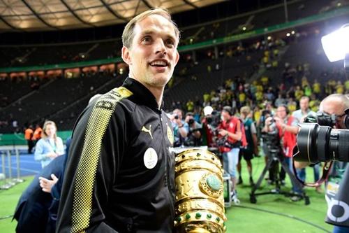 Tuchel được đánh giá cao dù chỉ dẫn dắt Dortmund hai năm. Ảnh: Reuters.