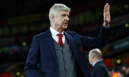 Wenger sẽ không ra đi trên đỉnh cao nếu Arsenal vô địch Europa League. Ảnh: Reuters.