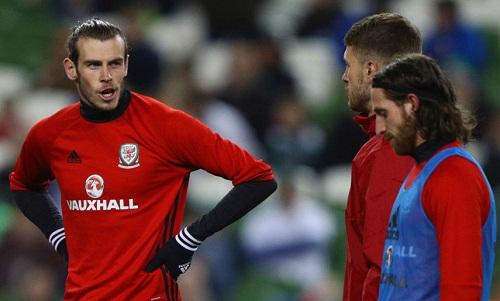 Bale có thể rời Real vì không được ra sân thường xuyên. Ảnh: AP.