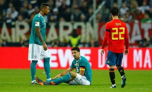 Khedira là mộttrong nămcầu thủ chính thức của Juventus có thể lỡ trận Real. Ảnh: Reuters.