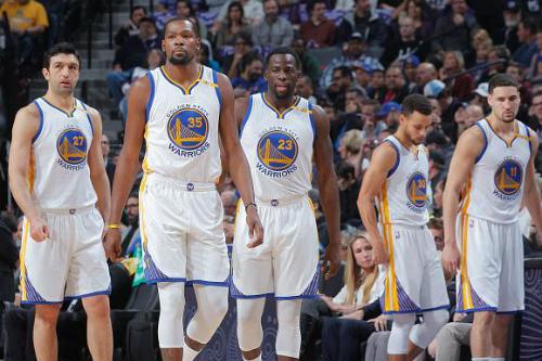 Dàn sao của Warriors sẽ trở lại với thể trạng tốt nhất tại vòng play-off. Ảnh: Bleacher Report.