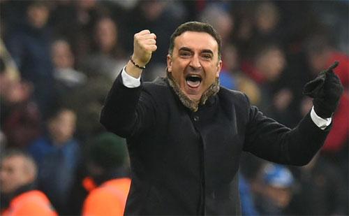 Swansea mới chỉ thua một trong tám trận do Carvalhal dẫn dắt tại Ngoại hạng Anh.