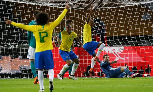 Vắng Neymar, nhưng Brazil đã có Gabriel Jesus truyền cảm hứng. Ảnh: Reuters.