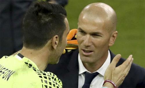 Buffon và Zidane là hai tượng đài của bóng đá thế giới. Ảnh: Marca