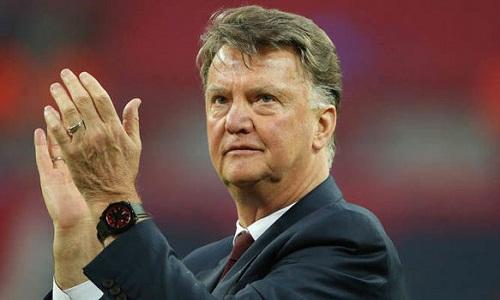 Van Gaal ca ngợi Guardiola và thông cảm với hành động cướp ghế của Mourinho. Ảnh: Reuters.