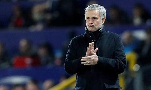 Mourinho là niềm tự hào với các HLV Bồ Đào Nha. Ảnh: Reuters.