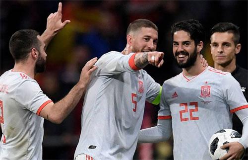 Đội hình Real toàn ngôi sao, nên có nhiều thành viên được gọi về tuyển quốc gia. Ảnh: Reuters