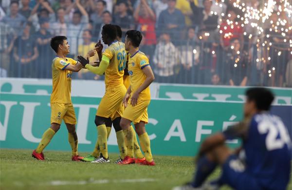 Ofere mang lại bàn thắng duy nhất, giúp Thanh Hóa giành ba điểm. Ảnh: Quang Minh.