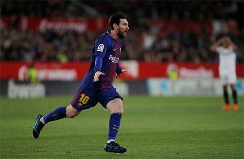 Messi khiến Sevilla mất hai điểm trong tầm tay. Ảnh: Reuters