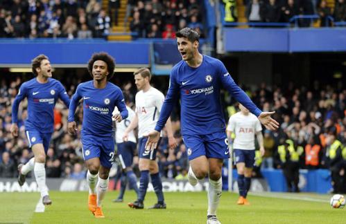 Morata ghi bàn thắng thứ bảy bằng đầu trong 11 pha lập công ở Ngoại hạng Anh mùa này. Ảnh:AP.