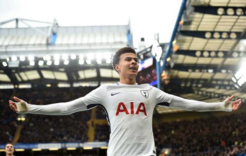 Tiền vệ người Anh tỏa sáng tại sân Stamford Bridge. Ảnh:AFP.