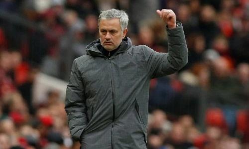 Mourinho cho rằng Man Utd xứng đáng đứng nhì bảng khi mùa giải kết thúc. Ảnh: Reuters.