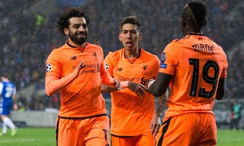 Guardiola ca ngợi bộ ba tấn công của Liverpool là không thể ngăn cản. Ảnh: AFP.
