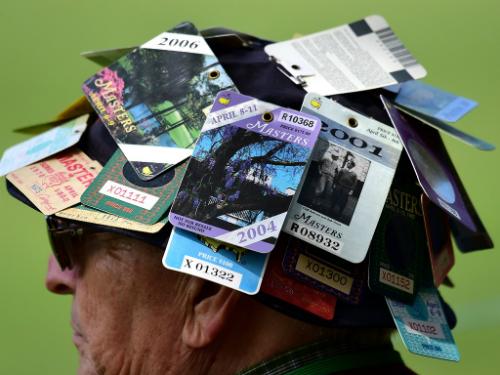 Không phải ai cũng may mắn sở hữu nhiều vé Masters qua mỗi năm như người đàn ông này.
