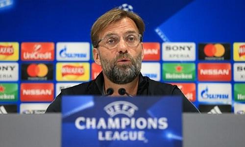 Klopp muốn xây dựng Liverpool mạnh mẽ hơn Man City. Ảnh: Offside.
