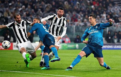 Ronaldo mở tỷ số khi Juventus còn chưa kịp ổn định đội hình.