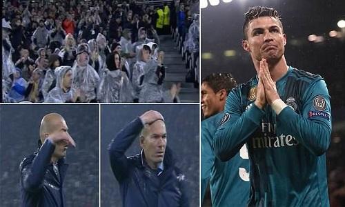 Ronaldo ghi hai bàn và một kiến tạo trên sân Juventus. Ảnh: Sportsmail.