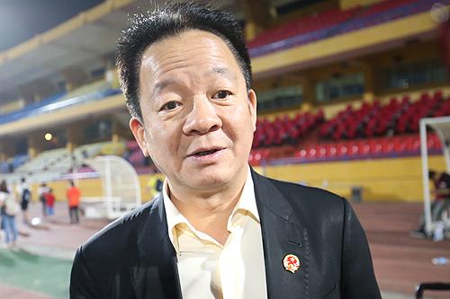 Bầu Hiển thưởng thêm nửa tỷ cho CLB Hà Nội sau trận thắng HAGL